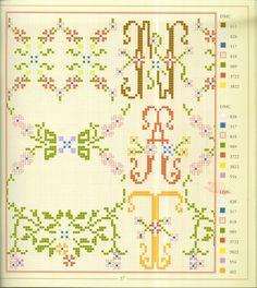 Gallery.ru / Фото #37 - Alphabets et Motifs Fleuris - barbariska76