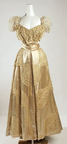Evening Dress by Jeanne Hallée, 1906-1907, via The Metropolitan Museum of Art.