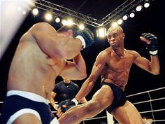 Exposição gratuita apresenta 20 anos de MMA