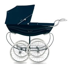 Shop for Silver Cross Balmoral Hand-Crafted Pram Stroller Navy at SilverCross. The Silver Cross Balmoral is the definitive luxury pram, still crafted by hand in Yorkshire using traditional methods. Lil Kim Baby, Baby Kind, Baby Love, Dream Baby, Girls Dream, Pram Stroller, Baby Strollers, Silver Cross Prams, Baby Registry Items