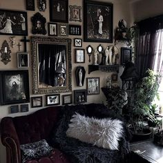 Kirracruz goth gothhomedecor gothhomedecorating gothaesthetic gothdecor gothic gothicdecor gothichome gothhome gothcouple gothic home decors Dark Home Decor, Goth Home Decor, Creepy Home Decor, Gypsy Decor, Gothic Room, Gothic House, Victorian Gothic Decor, Gothic Living Rooms, Gothic Art