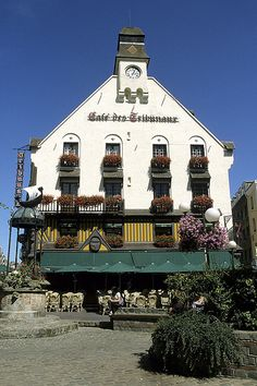 Café des Tribunaux, Place du Puits-Sale, Dieppe, Upper Normandy