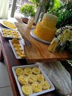 Ombre Ruffled wedding cake (buttercream) Ruffled cookies... www.artistacakes.com