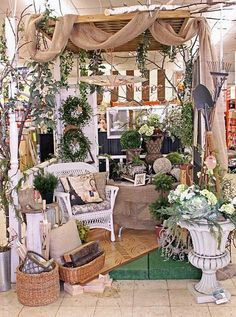 Booth crush: 5 easy tips for staging a booth like a pro antique booth displays