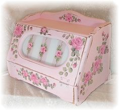 Pink Roses Bread Box