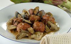 """""""Albóndigas Con Alcachofas Y Almejas"""" en Nestlé Cocina #recetas #nestlecocina #menuplanner #cocina"""