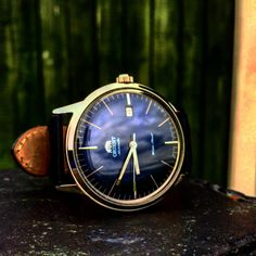 A magnificent shot of the Bambino Version 3, in blue
