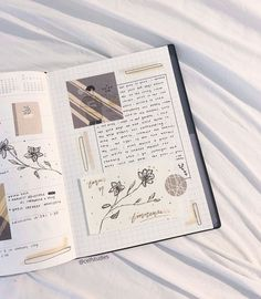 Some cool, funky, simple ideas for pages to fill in either your journal or bullet journal. Bullet Journal Aesthetic, Bullet Journal Notebook, Bullet Journal School, Bullet Journal Ideas Pages, Bullet Journal Spread, Bullet Journal Layout, Bullet Journal Inspiration, Art Journal Pages, Bullet Journals