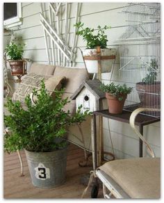 do this outside--Birdcage Garden Decor Decorating with Birdcages   12 Creative Ideas for Everyday Use