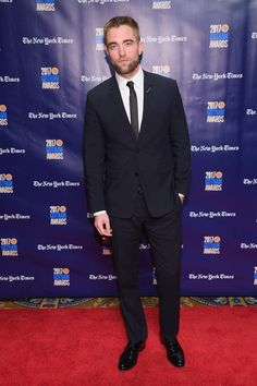Robert Pattinson Photos - Actor Robert Pattinson attends IFP's 27th Annual Gotham Independent Film Awards on November 27, 2017 in New York City. - IFP's 27th Annual Gotham Independent Film Awards - Red Carpet