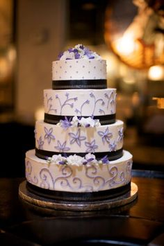purple and black on a cake! a little edgy, totally awesome