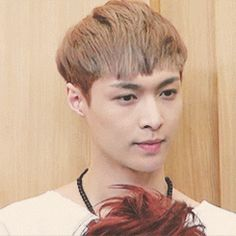 Lay's giggle (cr: yixingy) gif