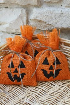 "Burlap Favor Bags, Pumpkin, Set of SIX, Size 5"" x 7"", Halloween, Orange, Treat Bags, Jute Twine Tie, Wedding Favor Bags, Trick or Treat."