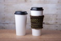 Hand knit coffee to go - Hand knit wool