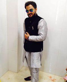 Vaibhav Shah posing in this Royal grey & black Rajniti from Manav Ethnic #HappyCustomers #ManavEthnic #Rajniti #Black #Grey #MensWear #MensFashion #Fashion #IndianEthnic www.manavethnic.com