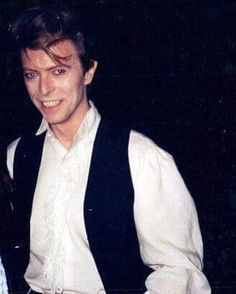 ⚡️✨Sound & Vision Tour,(1990)✨⚡️ #davidbowie #davidrobertjones #aladdinsane #starman #spaceboy #ziggystardust #themanwhofelltoearth #themanwhosoldtheworld #halloweenjack #majortom #thinwhiteduke #pierrot #jareth #thegoblinking #bowie #1990s