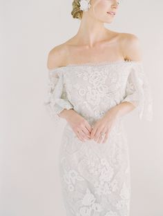 Marchesa off the shoulder lace wedding dress | Photography: Sally Pinera