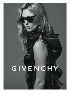 65f9a26853c Kate Moss nouvelle égérie Givenchy Eyewear