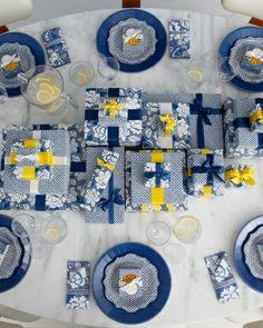 Dinner party decor ideas from Martha Stewart.
