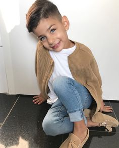 24 Ideas For Baby Outfits Swag Jackets Fashion Kids, Toddler Boy Fashion, Little Boy Fashion, Toddler Boy Outfits, Toddler Boys, Fashion Clothes, Dress Clothes, Womens Fashion, Cute Hairstyles For Kids