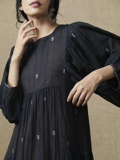 Thoughts In Ink Dress - Pakistani dresses Pakistani Dresses Casual, Indian Dresses, Indian Outfits, Kurta Designs, Blouse Designs, Frock Fashion, Boho Fashion, Fashion Dresses, Fashion Clothes