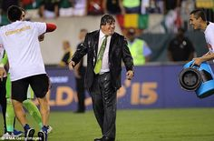Mexico coach Miguel Herrera accused of punching a journalist after Gold Cup win