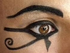Makeup – Eye of Ra. – Viola Pressley Makeup – Eye of Ra. Hello everyone, Today, we have shown Viola Pressley Ancient Egyptian Makeup Yeux Halloween, Halloween Look, Maquillage Halloween, Halloween Makeup, Couple Halloween, Halloween 2018, Mummy Makeup, Costume Makeup, Party Makeup