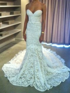 I've always said I don't want strapless, but I could make an exception for this. So gorgeous