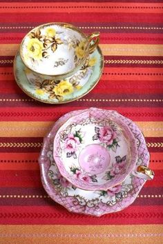 Tea Cups and Saucers by kasey