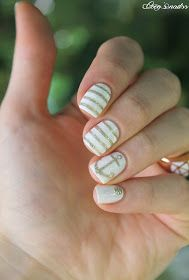 ▲▼▲ Coco's nails ▲▼▲: White & Gold simplicity