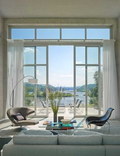 // by Henneberry Eddy Architects. Photography: Jim Westphalen