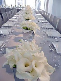 My favorite flowers: white calla lillies