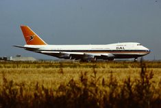 SAA Boeing 747-244B, Swartberg, ZS-SAP, Schipol airport, Amsterdam, circa 1990 Passenger Aircraft, Boeing 747, Airplanes, South Africa, Amsterdam, Aviation, Commercial, African, Pictures