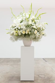 Rooij, Willem de Change Of Heart, Wedding Decorations, Table Decorations, Contemporary Art, Bouquet, Vase, Gallery, Wedding Dresses, Dress Ideas