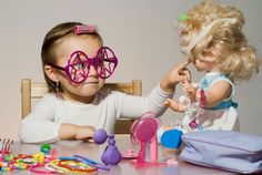 STEM dolls offer your child the opportunity to imagine a world where science and technology are natural components of her life. Girl Drama, Stem Careers, National Science Foundation, Little Tykes, Making Connections, Little Diva, Stem Science, Brain Activities, Learning Through Play