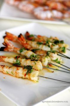 Apron and Sneakers - Cooking & Traveling in Italy: Italian Grilled Seafood & Vegetable Platter [scroll down for Prawns in Honey Sauce] Fish Recipes, Seafood Recipes, Asian Recipes, Appetizer Recipes, Great Recipes, Cooking Recipes, Favorite Recipes, Dinner Recipes, Appetizers