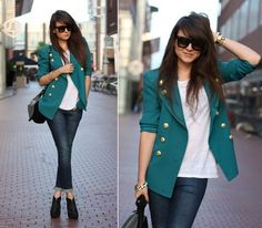 Jeans + blazer + high heels - this totally reminds me of you @Karla Lindquist -maybe some of it has to do with she kind of looks like you...