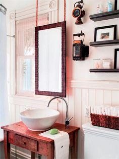 Country/Rustic (Country) Bathroom by Antonio Martins