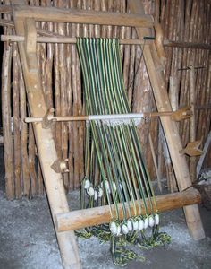 L'Anse aux Meadows a Viking village in northern Newfoundland. This is a replica of a working weaving stand that the Norseman used Weaving Loom Diy, Inkle Loom, Iron Age, Textiles, Viking Village, Peg Loom, Viking Art, Norse Vikings, Fabric Beads