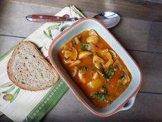 Myslíme si, že by sa vám mohli páčiť tieto piny - Diet Tips, Thai Red Curry, Stew, Food And Drink, Vegetarian, Treats, Homemade, Chicken, Vegetables
