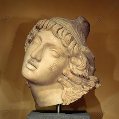 HEAD OF PENTHESILEA / MARBLE, ROMAN. Roman, c. 160 BC, copy after a Greek original. Head of Penthesilea. Marble, height 36 cm. Ludwig Collection. Inv. no. BS 214
