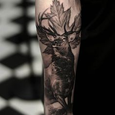 Deer tattoos are loved by many people. In terms of placement, animal tattoos could be inked on the back, chest, limbs, etc. Here are a few realistic deer tattoo designs worth considering. Bow Hunting Tattoos, Dad Tattoos, Body Art Tattoos, Tattoos For Guys, Tatoos, Hirsch Tattoo Arm, Hirsch Tattoos, Forest Tattoos, Nature Tattoos