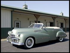 1942 Oldsmobile Custom Cruiser 98 Convertible