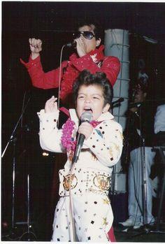"""Bruno Mars """"Little Elvis"""" xxx"""