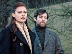 Outlander: Bree (Sophie Skelton) and Roger (Richard Rankin)