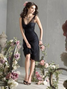 black point knee-length bridesmaid dress with v-neck and lace hem