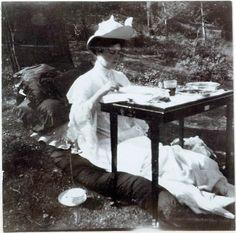 Tsarina Alexandra Feodorova, the Holy Royal Martyr, and my patron saint, camped just like I like to.