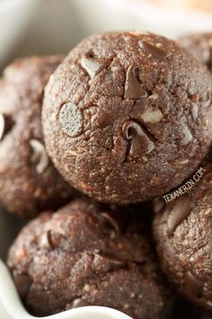 Chocolate Peanut Butter Protein Balls (vegan, gluten-free, grain-free and dairy-free)
