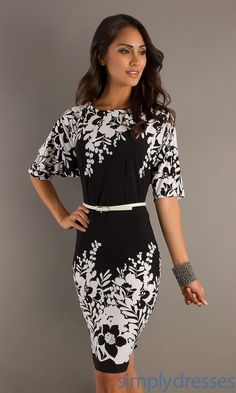 Knee Length Print Dress with Sleeves MO-51036