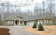 Van's Lumber & Custom Builders, Inc. -Van's Lumber & Custom Builders, Inc. Best Exterior Paint, House Paint Exterior, Exterior House Colors, Exterior Design, Exterior Windows, Exterior Siding, Custom Builders, Home Builders, Outside House Colors
